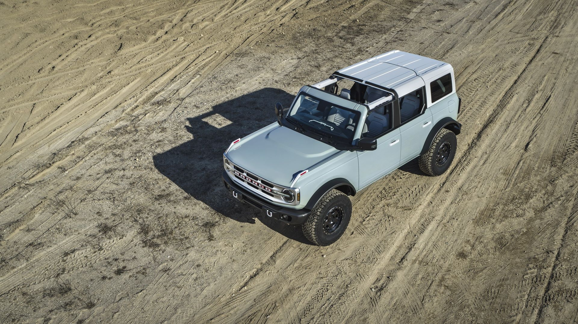 Ford-Bronco-2021-18