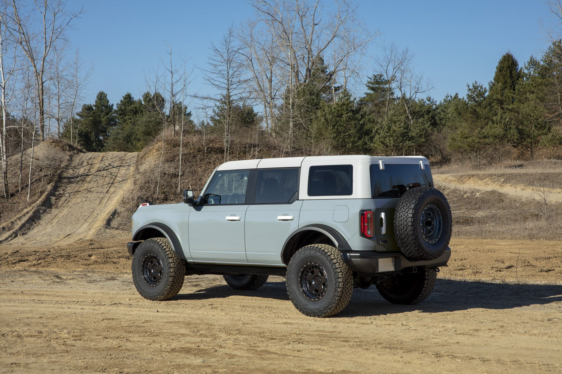 Ford-Bronco-2021-20