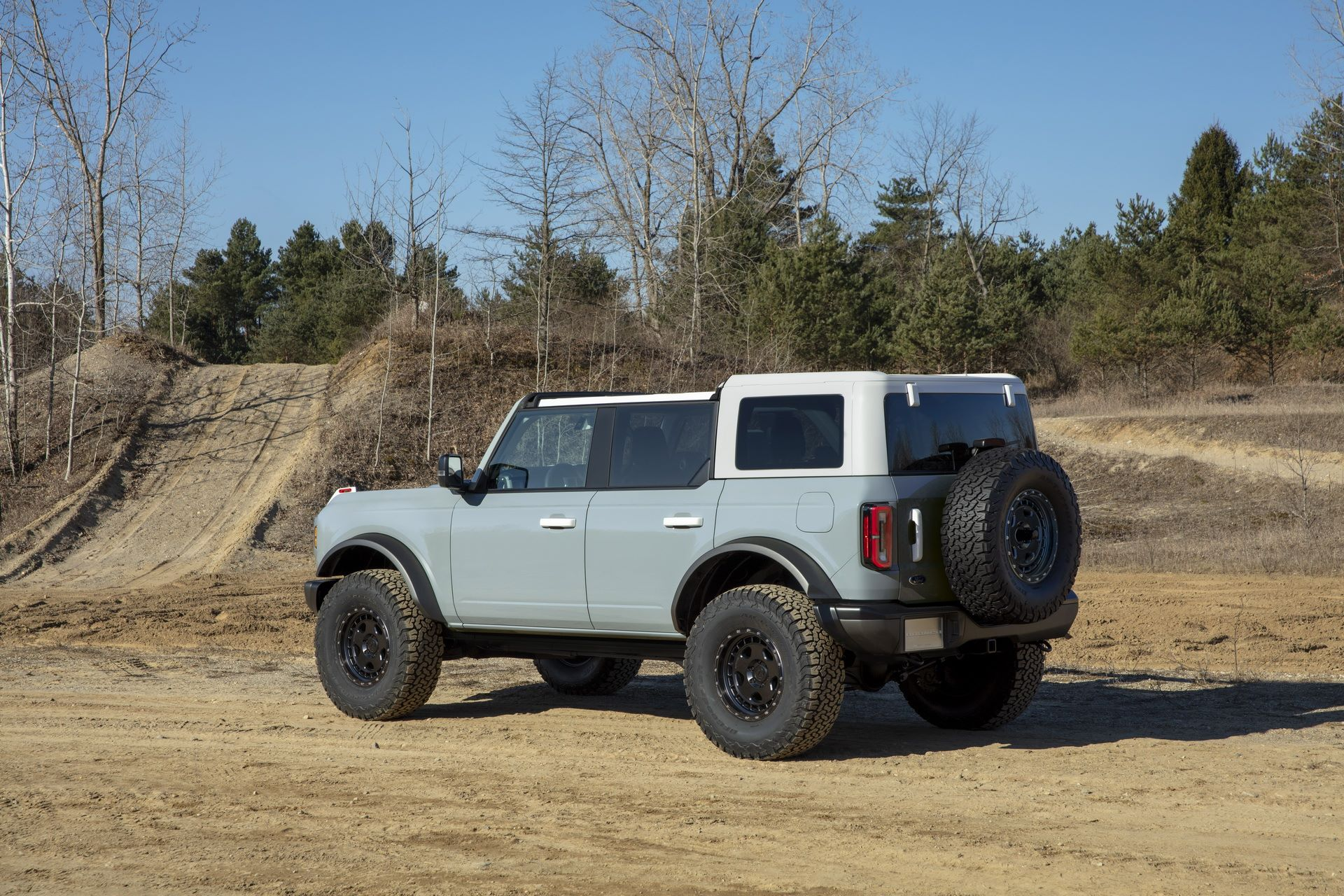 Ford-Bronco-2021-22