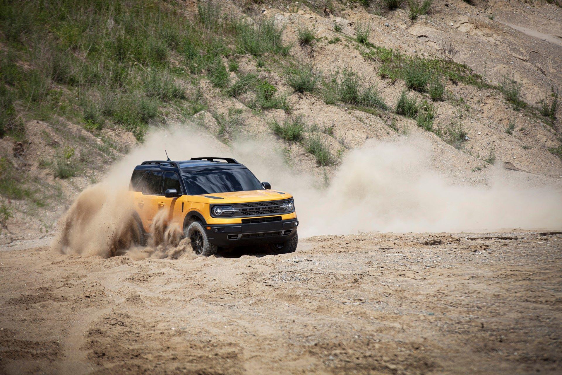 Ford-Bronco-Sport-2021-23