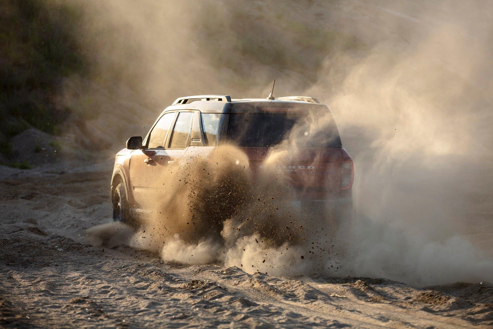 Ford-Bronco-Sport-2021-25