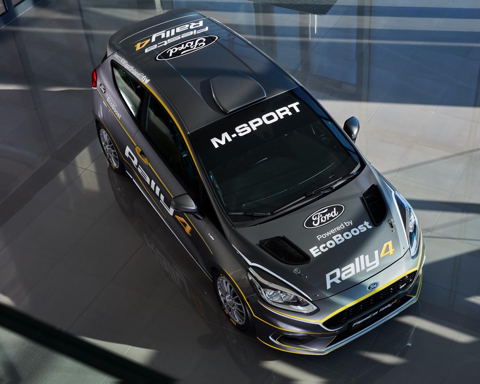 Ford_Fiesta_Rally4_0000