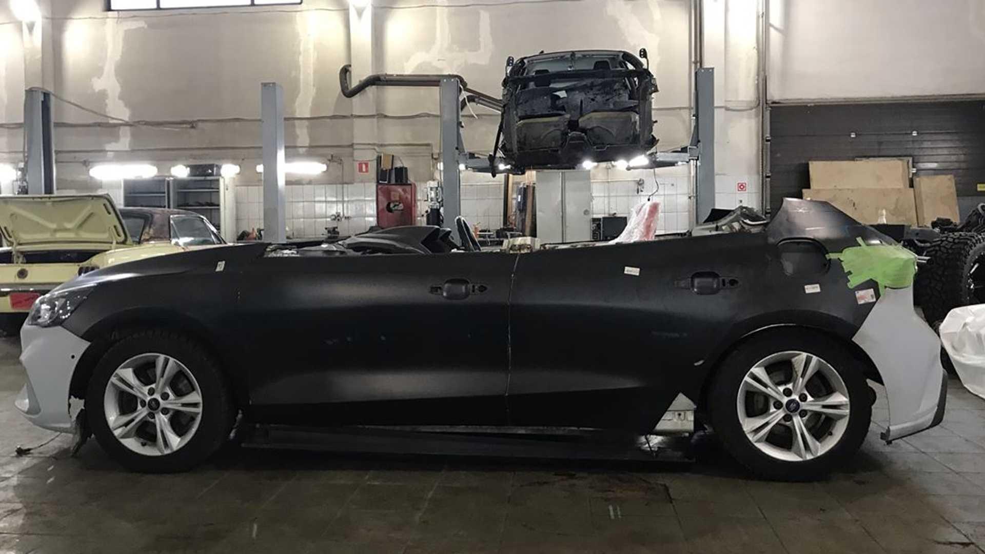 Ford_Focus_speedster_conversion_0018