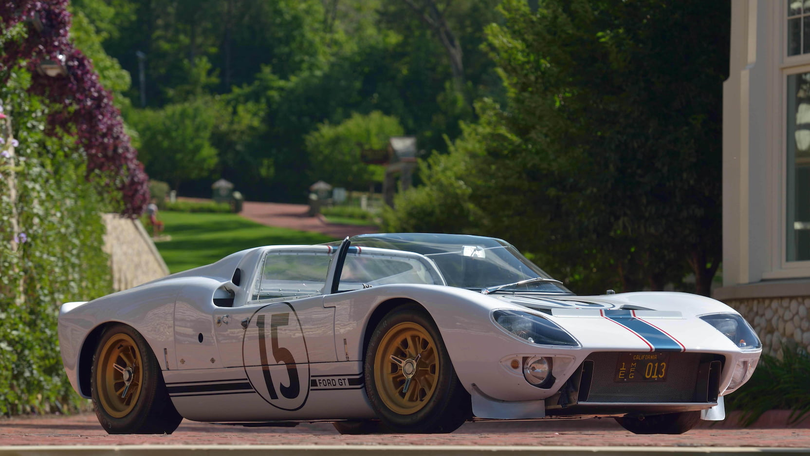 Ford-GT40-Roadster-auction-5