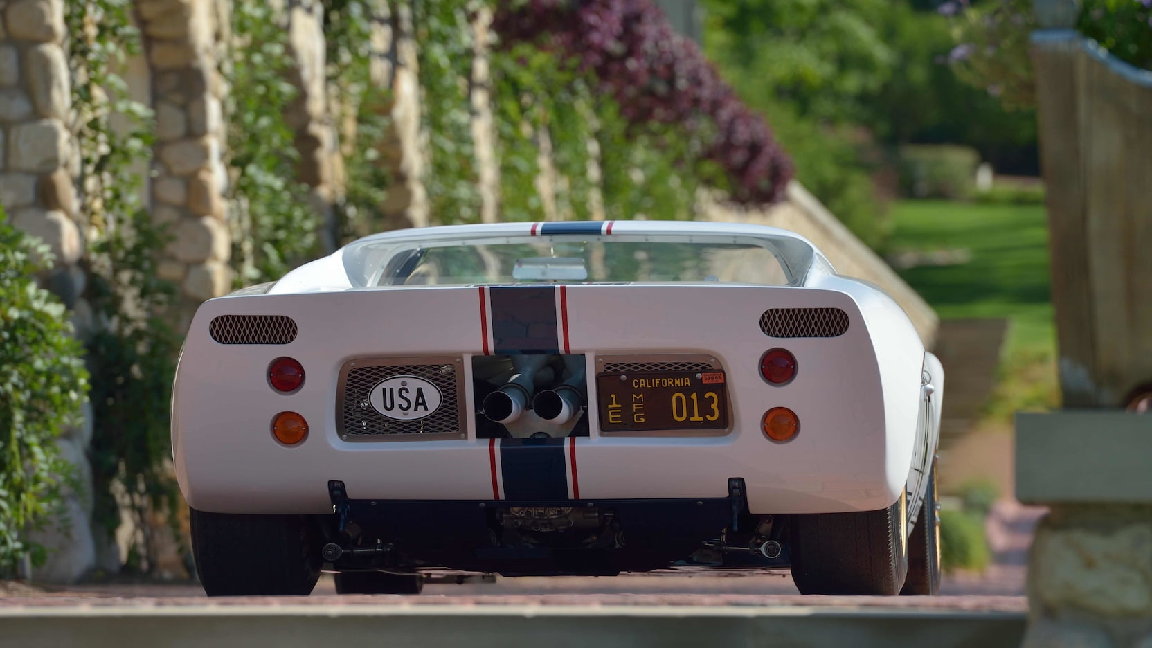 Ford-GT40-Roadster-auction-8