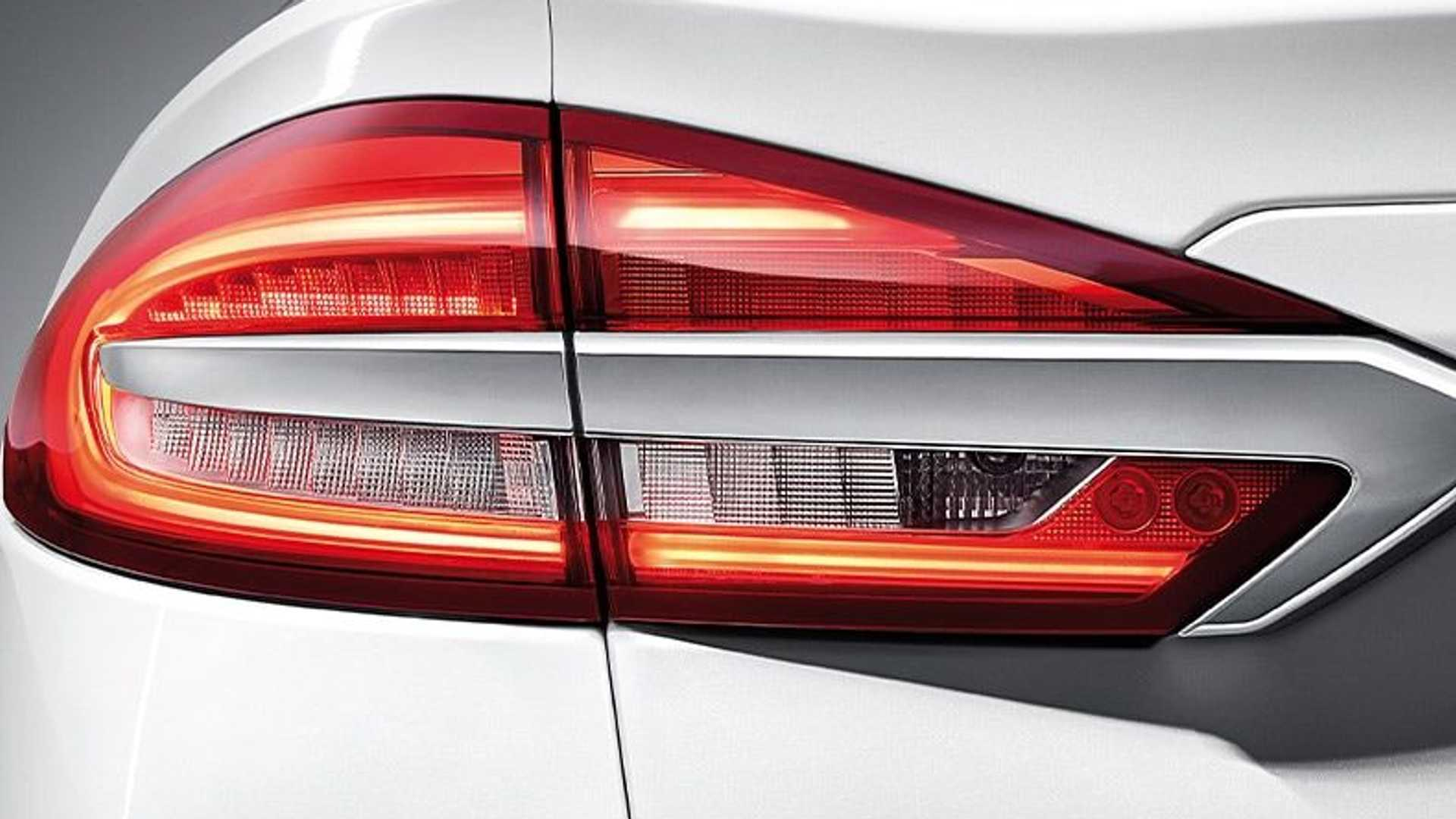 2020-ford-mondeo-facelift-china-spec-taillight