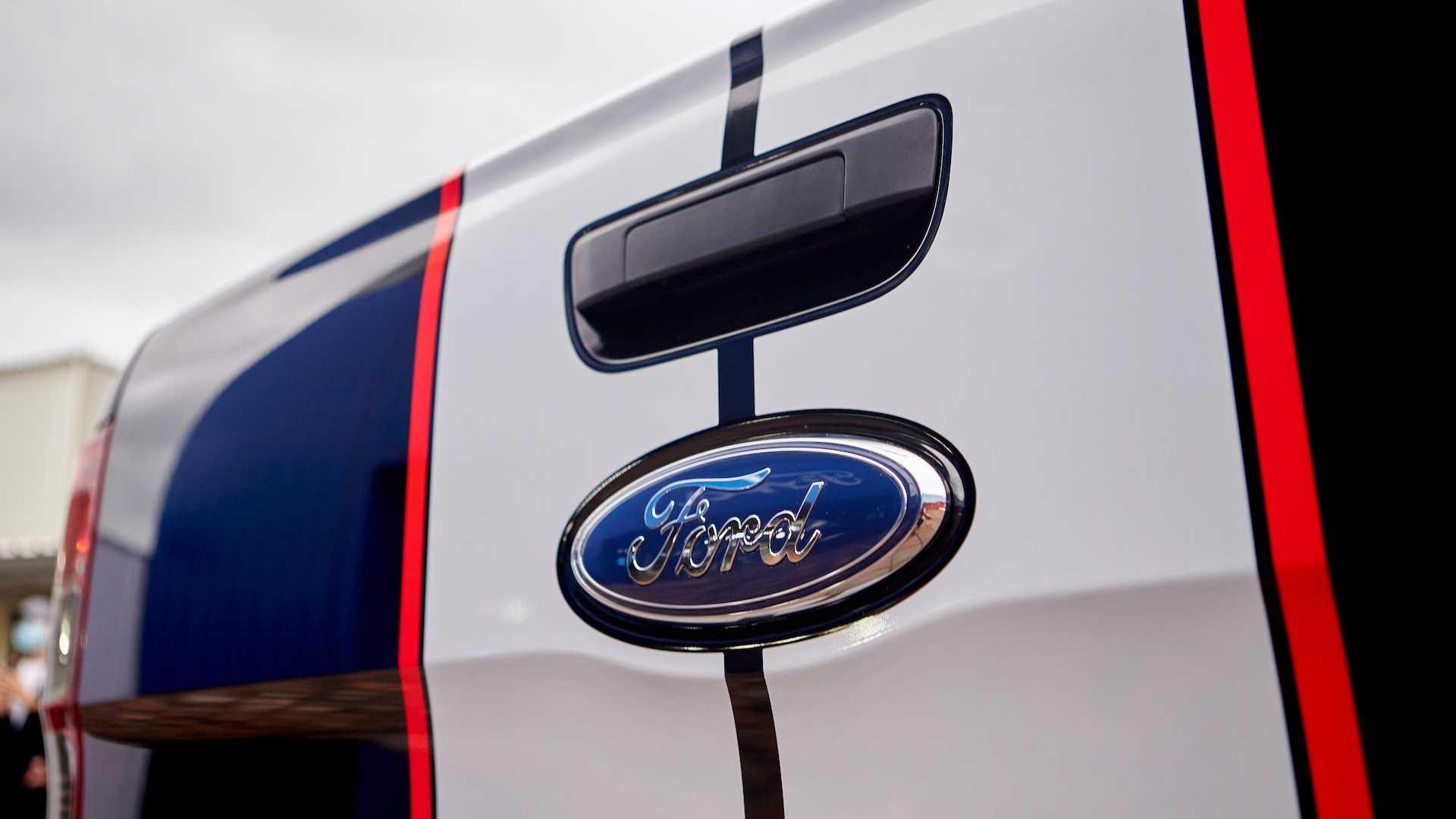 ford-ranger-t6-facelift-thailand-15