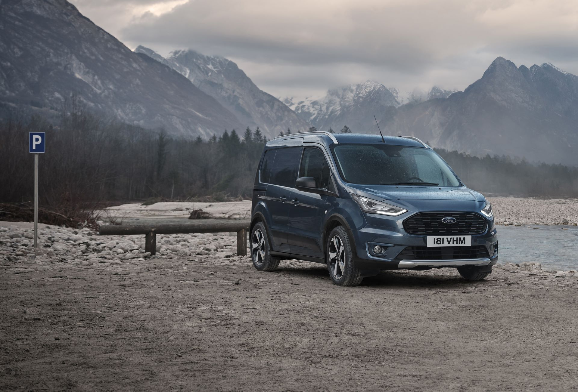New Ford Tourneo and Transit Connect Active with Fresh Style and Capability to Take Outdoor Adventures in Their Stride