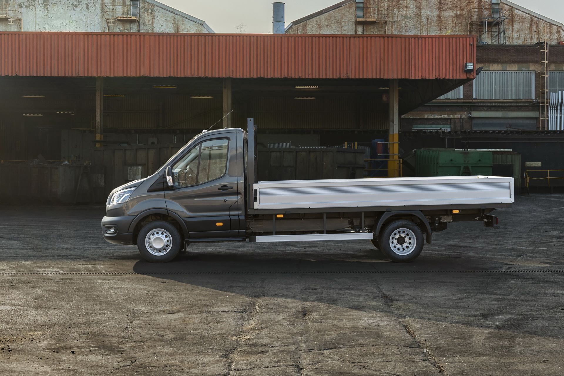Ford-Transit-5-11