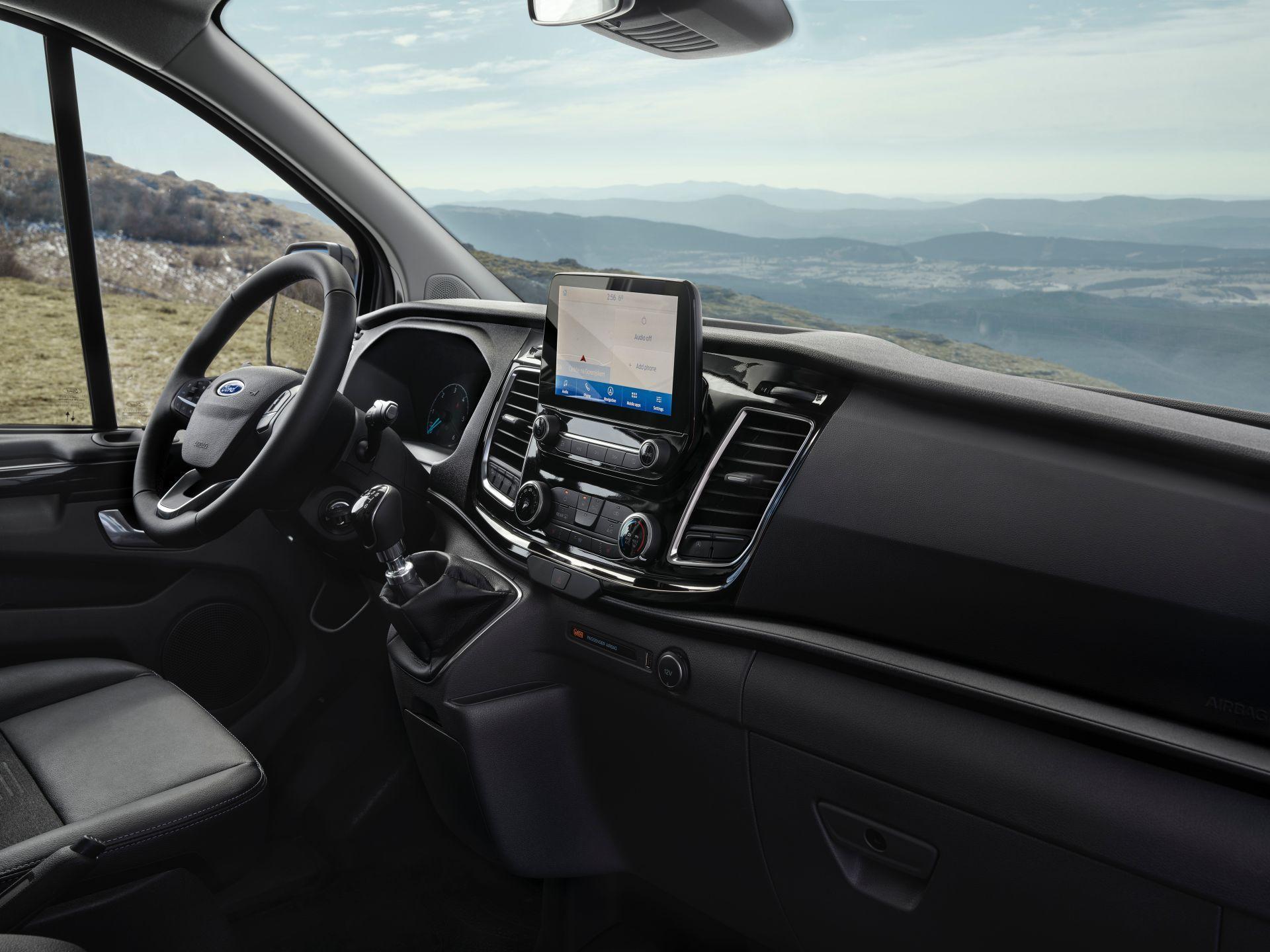 2021-Ford-Transit-Custom-Active-Euro-spec-5