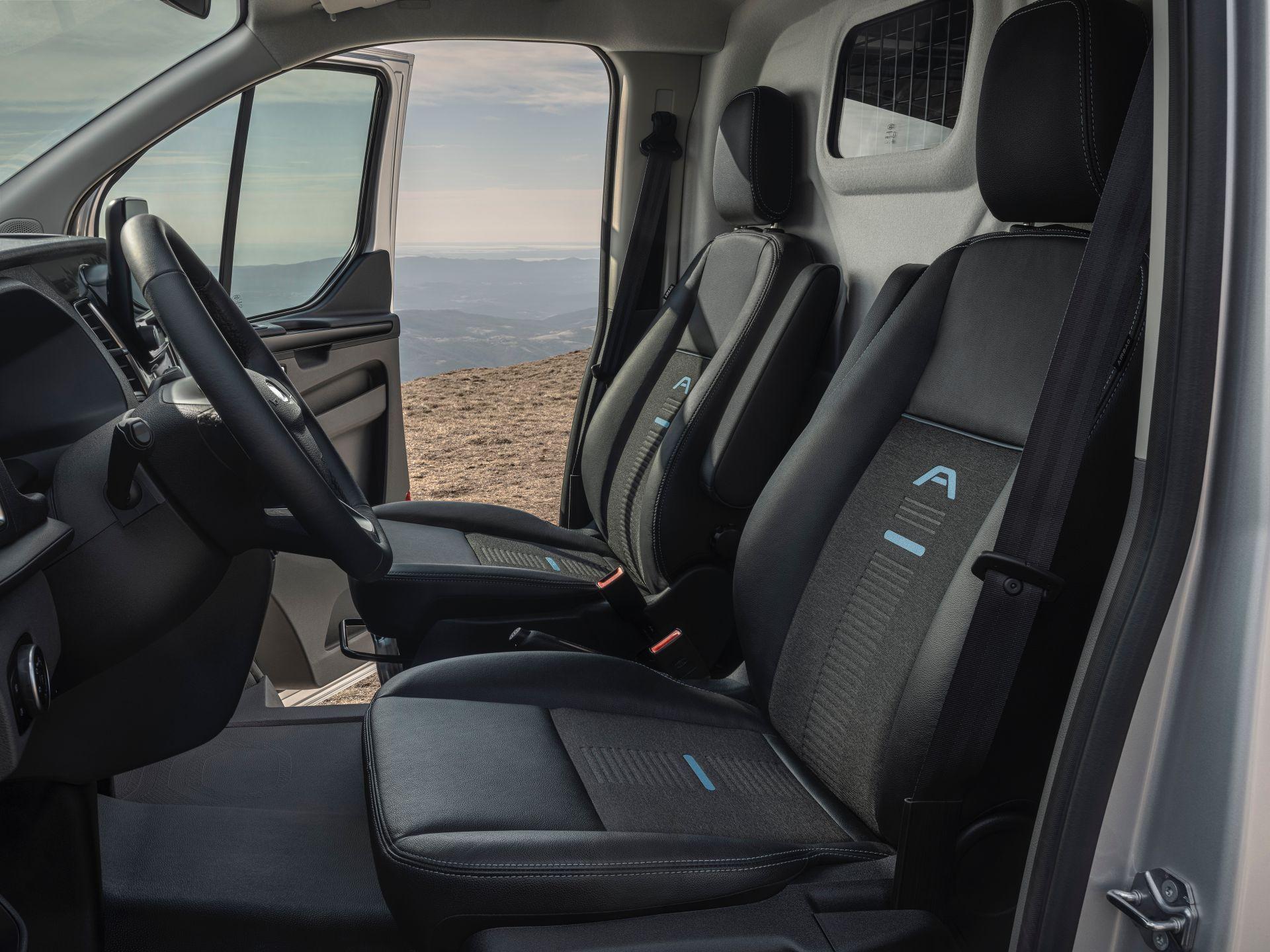 2021-Ford-Transit-Custom-Active-Euro-spec-6