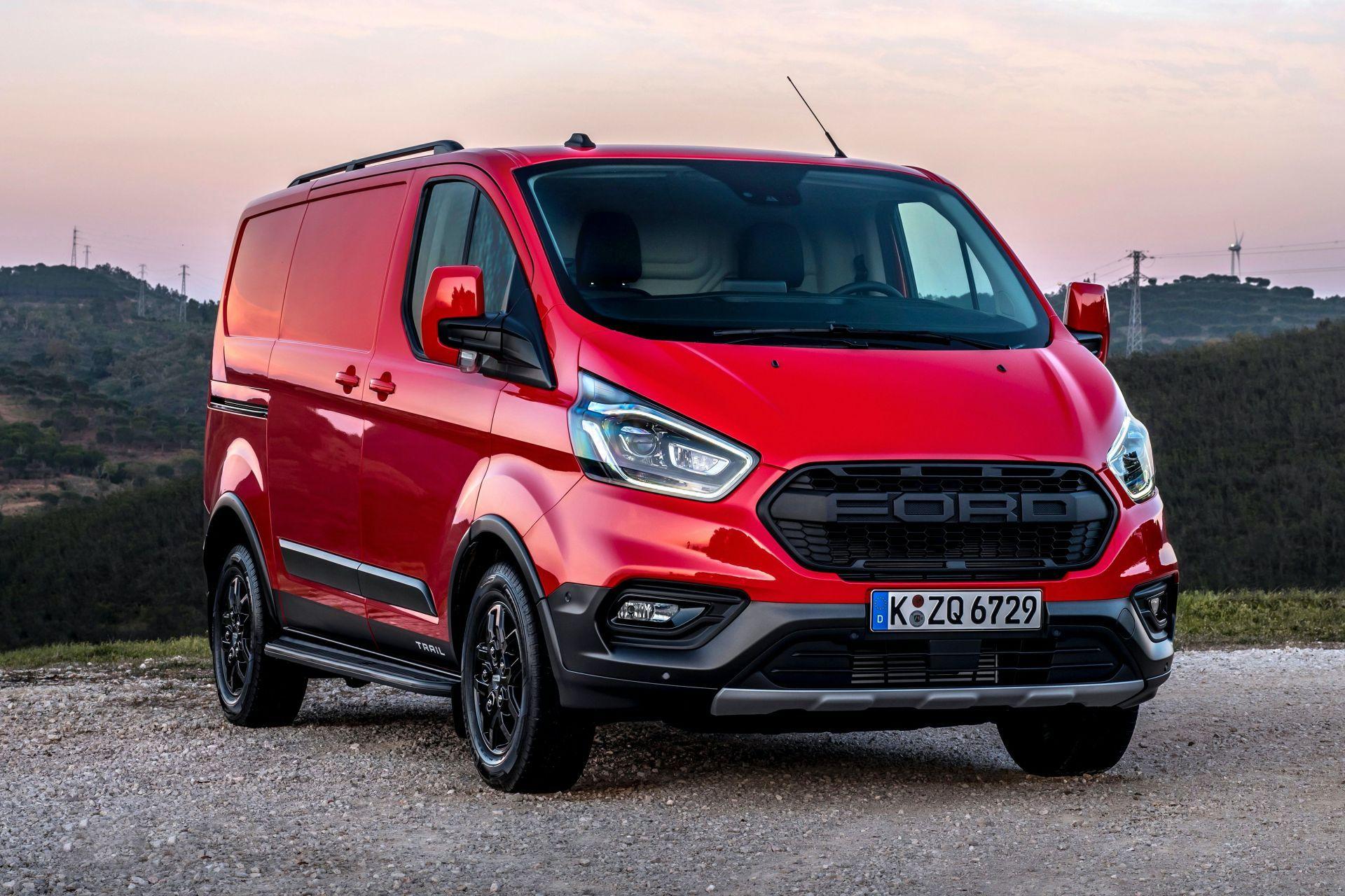 2021-Ford-Transit-Custom-Trail-Euro-spec-3