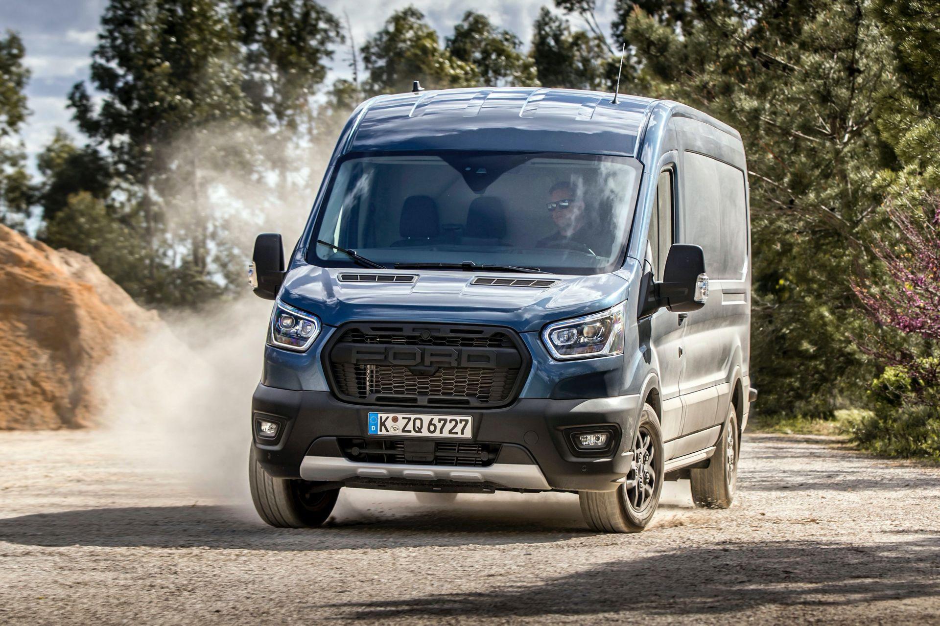 2021-Ford-Transit-Trail-Euro-spec-12