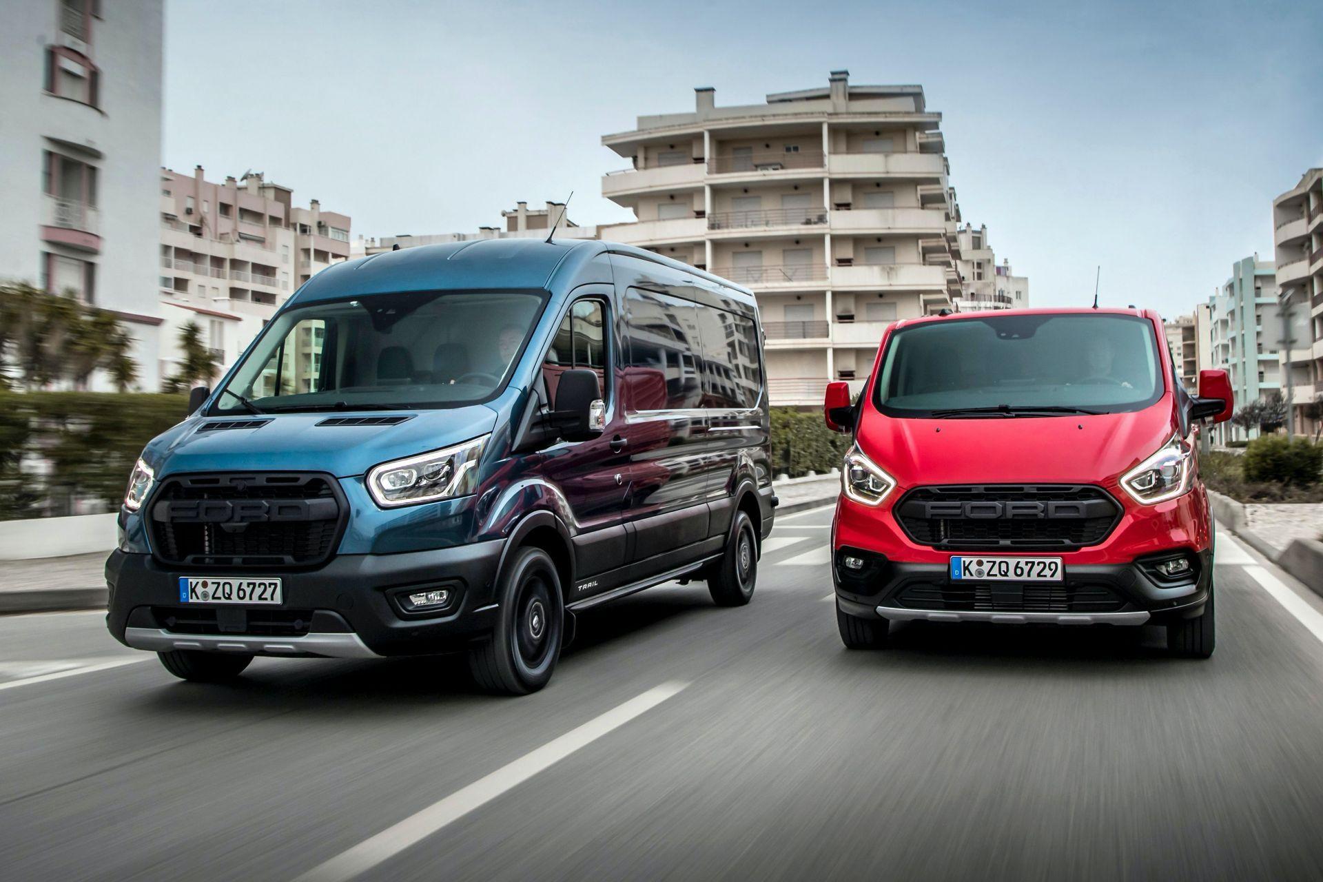 2021-Ford-Transit-Trail-range-Euro-spec-2
