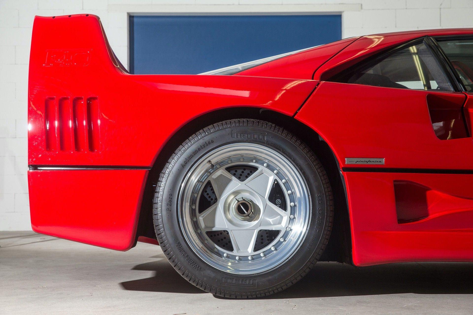 Gerhard_Berger_Ferrari_F40_0016