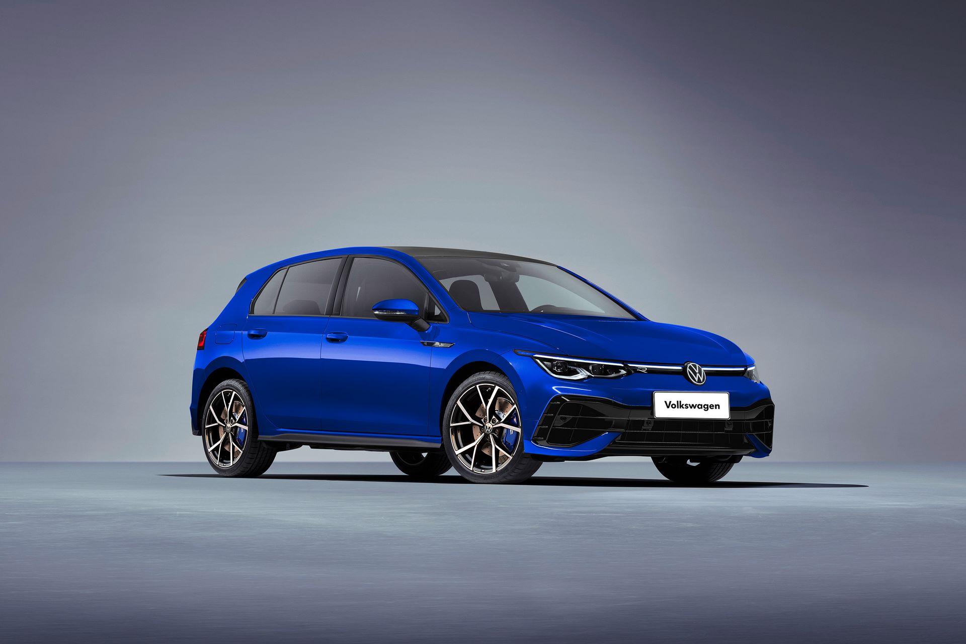 Volkswagen-Golf-R-1