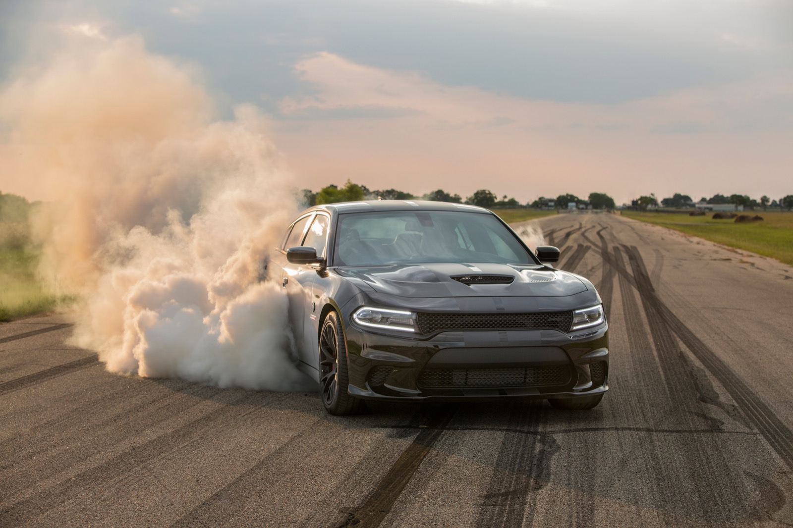 Hennessey_Charger_Hellcat_HPE1000_0004