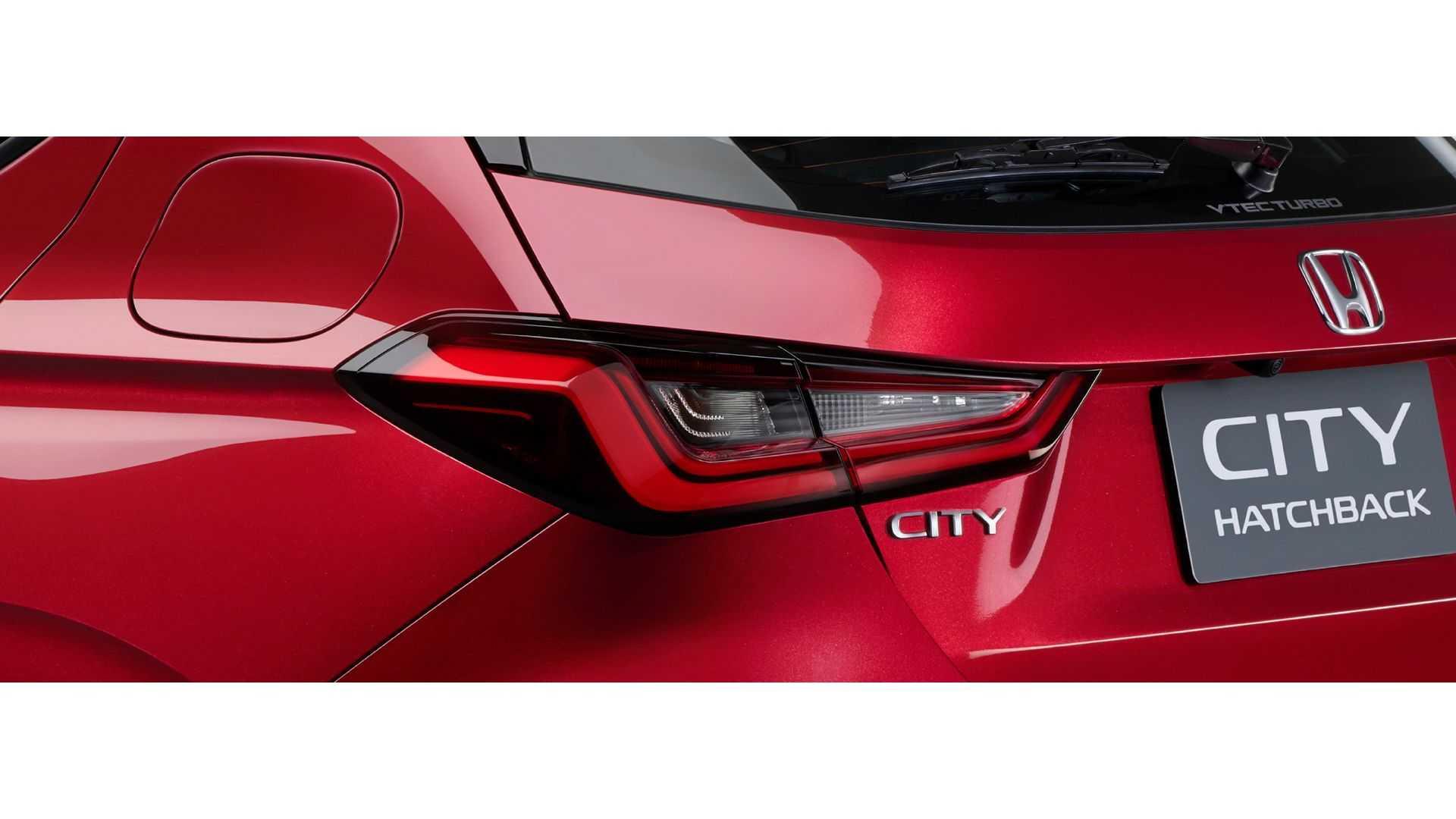 Honda-City-Hatchback-2021-11