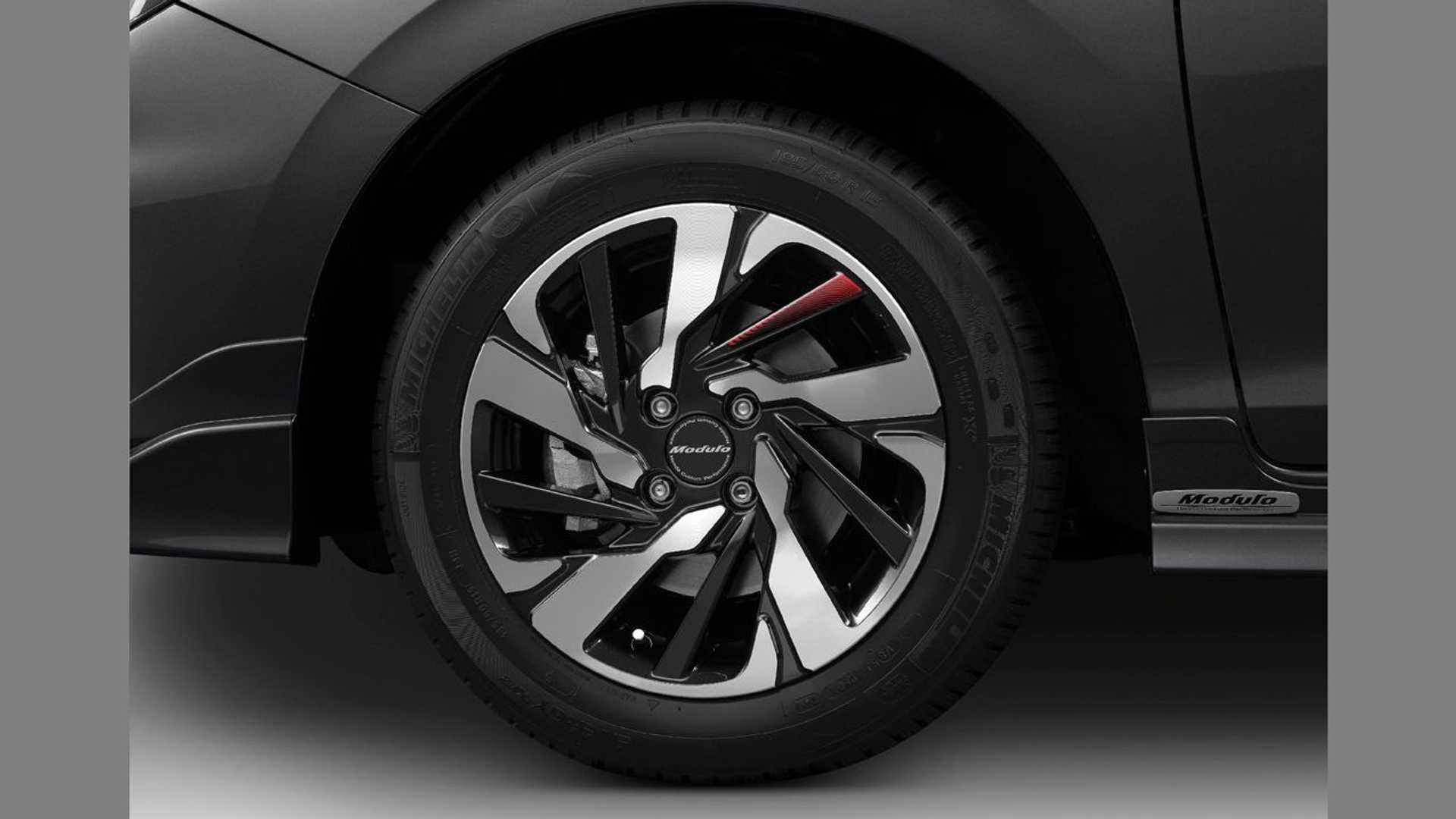 Honda-City-Hatchback-2021-23