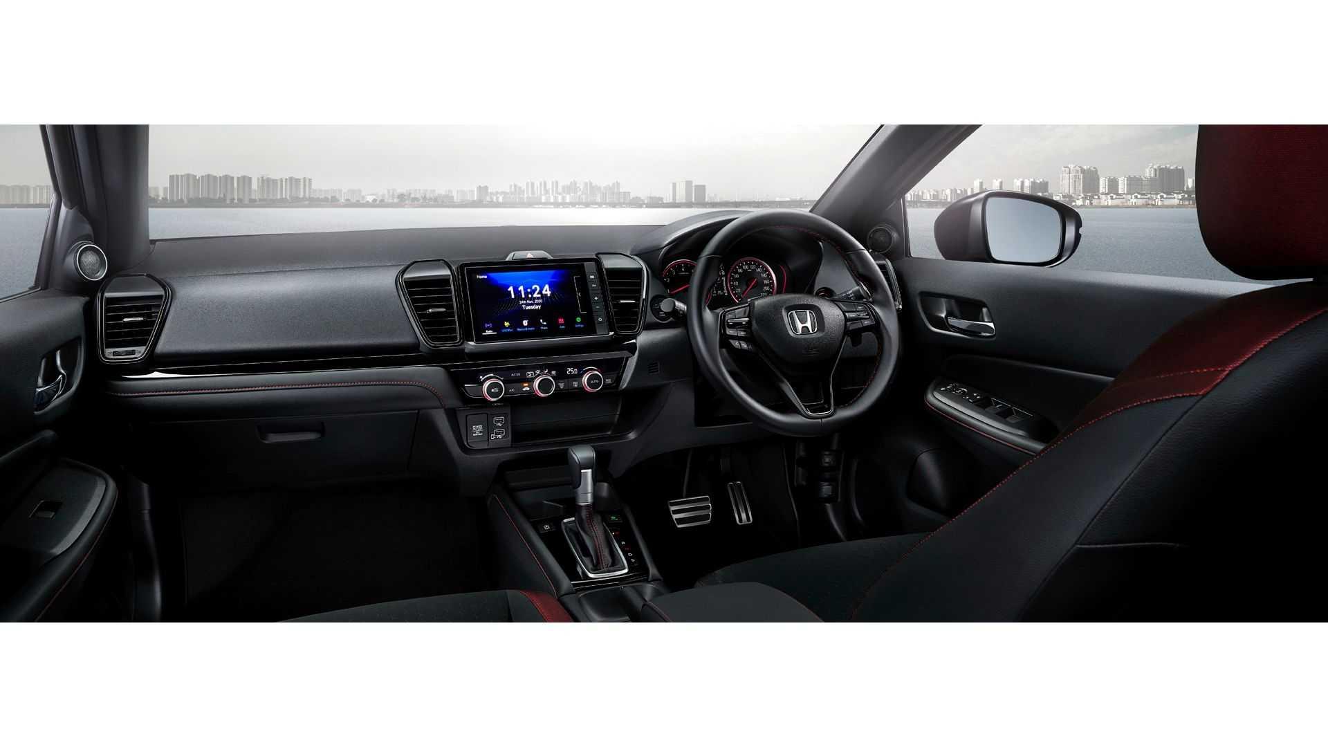 Honda-City-Hatchback-2021-25