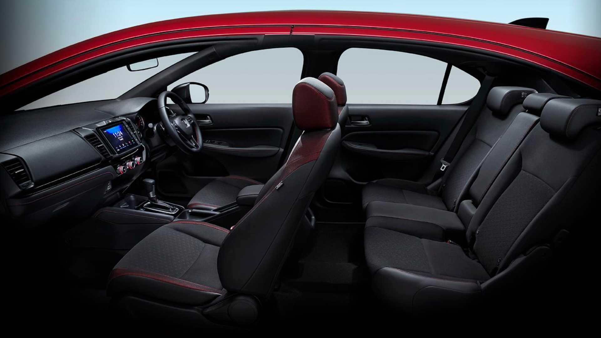 Honda-City-Hatchback-2021-26