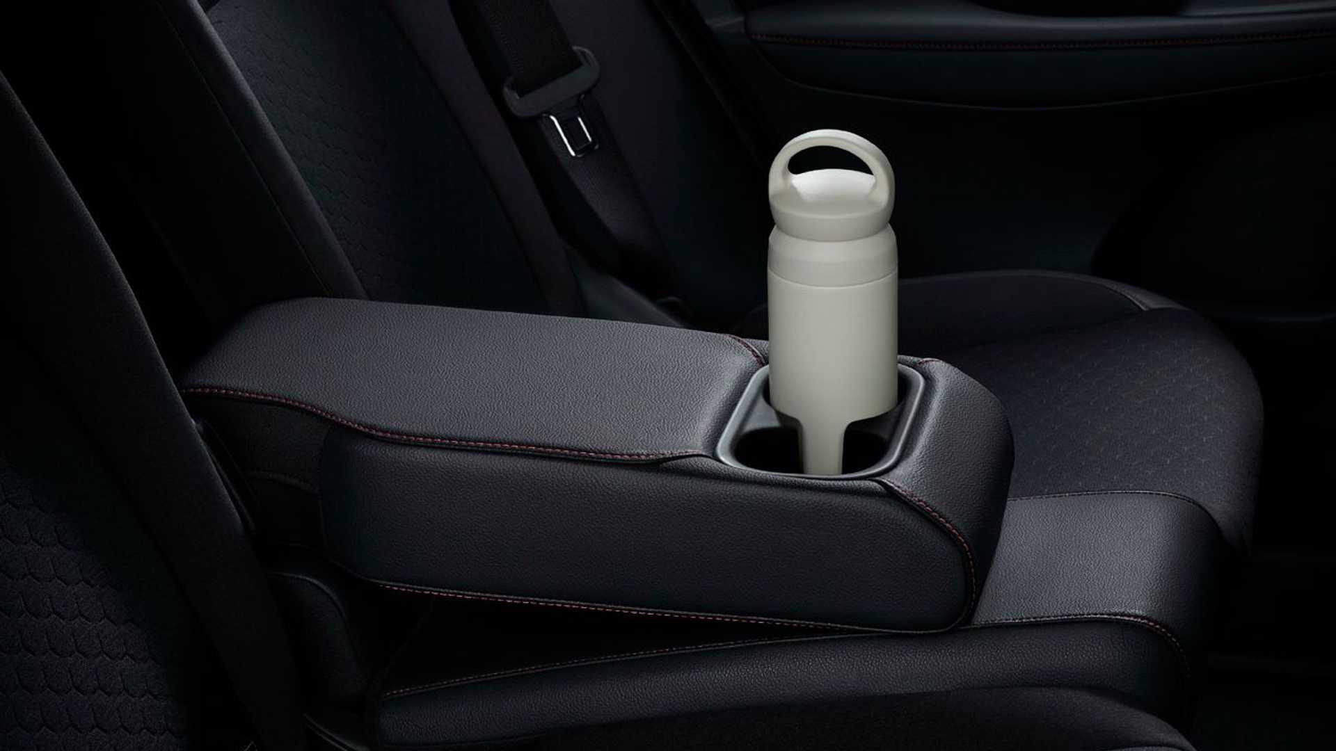Honda-City-Hatchback-2021-30