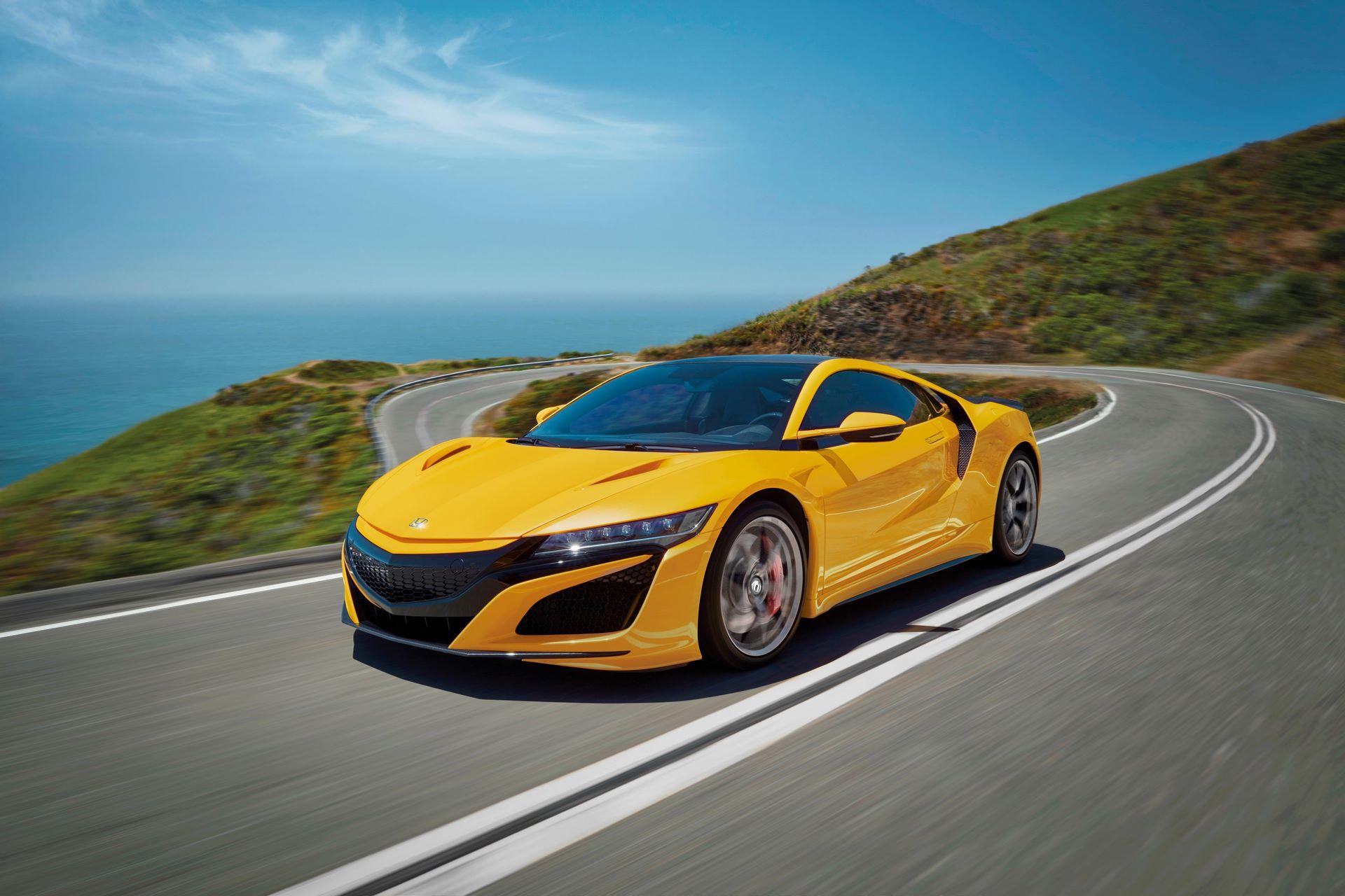Honda-NSX-Indy-Yellow-Pearl-II-1