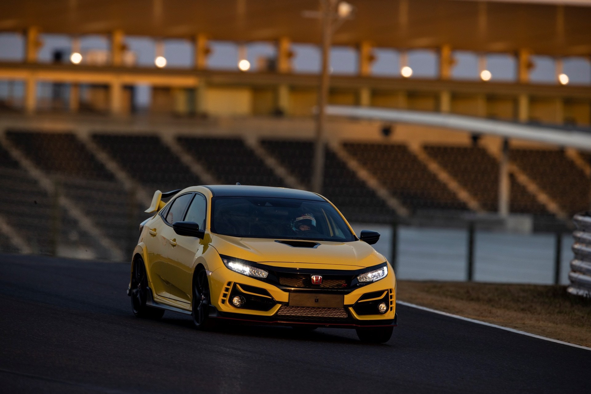 Honda Civic Type R Limited Edition Suzuka Circuit