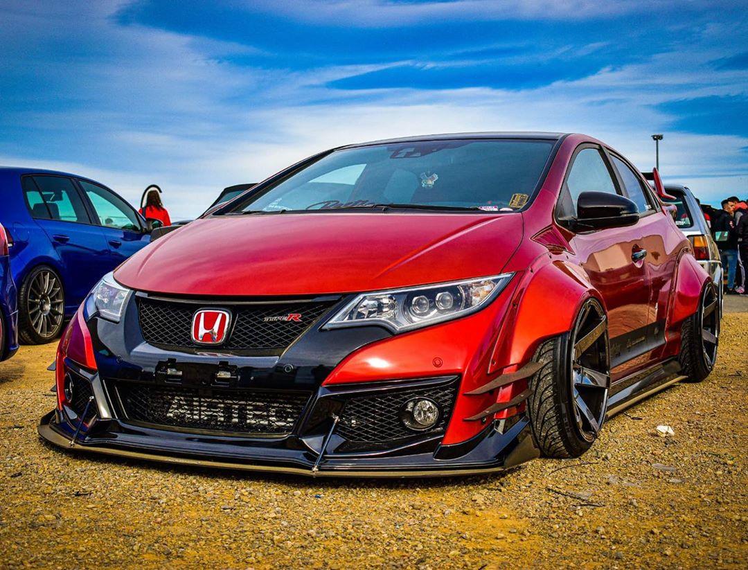 Honda_Civic_Type_R_Rocket_Bunny_bodykit_0002