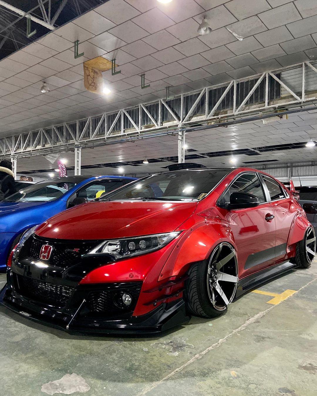 Honda_Civic_Type_R_Rocket_Bunny_bodykit_0003