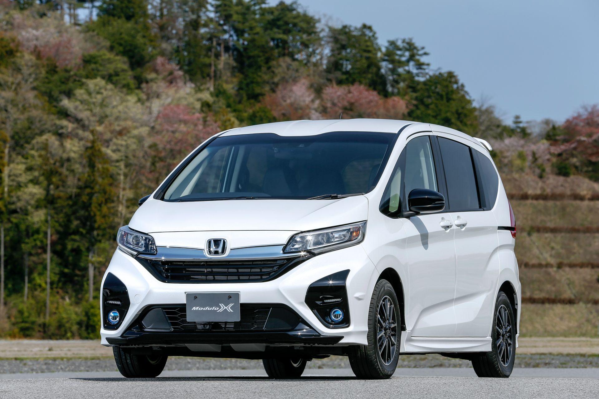 Honda-Freed-Modulo-X-Facelift-2020-12
