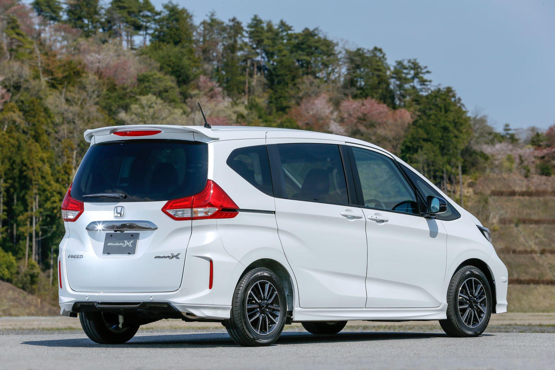 Honda-Freed-Modulo-X-Facelift-2020-13