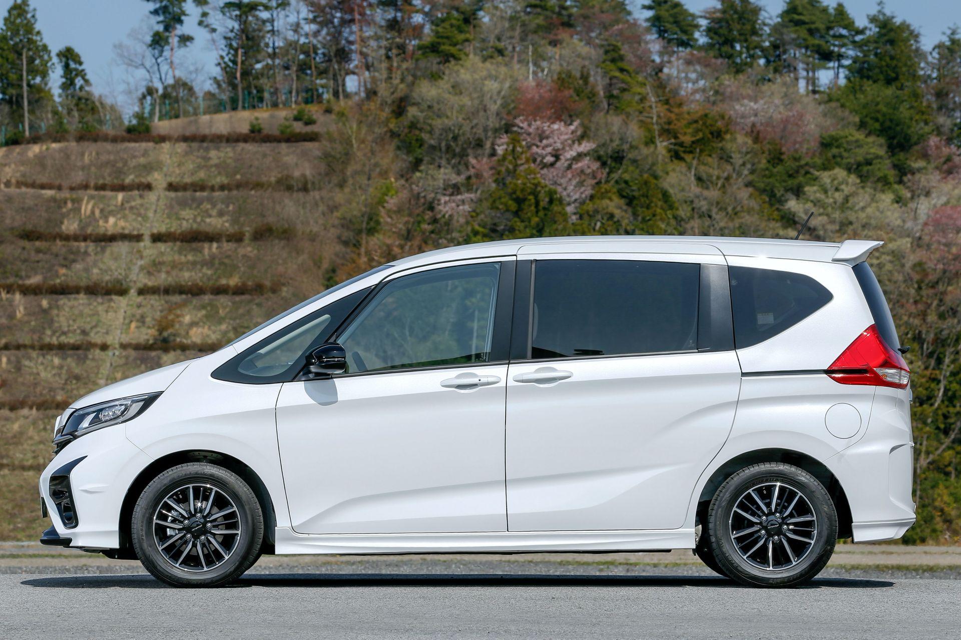 Honda-Freed-Modulo-X-Facelift-2020-27