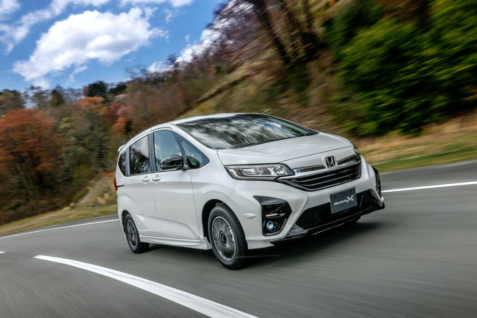 Honda-Freed-Modulo-X-Facelift-2020-28
