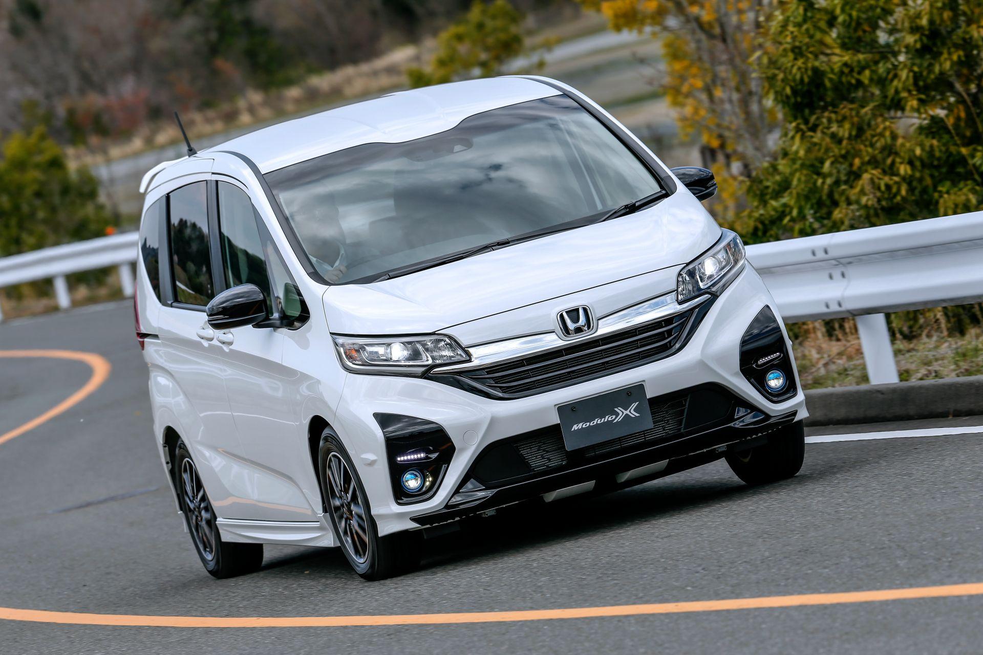 Honda-Freed-Modulo-X-Facelift-2020-29