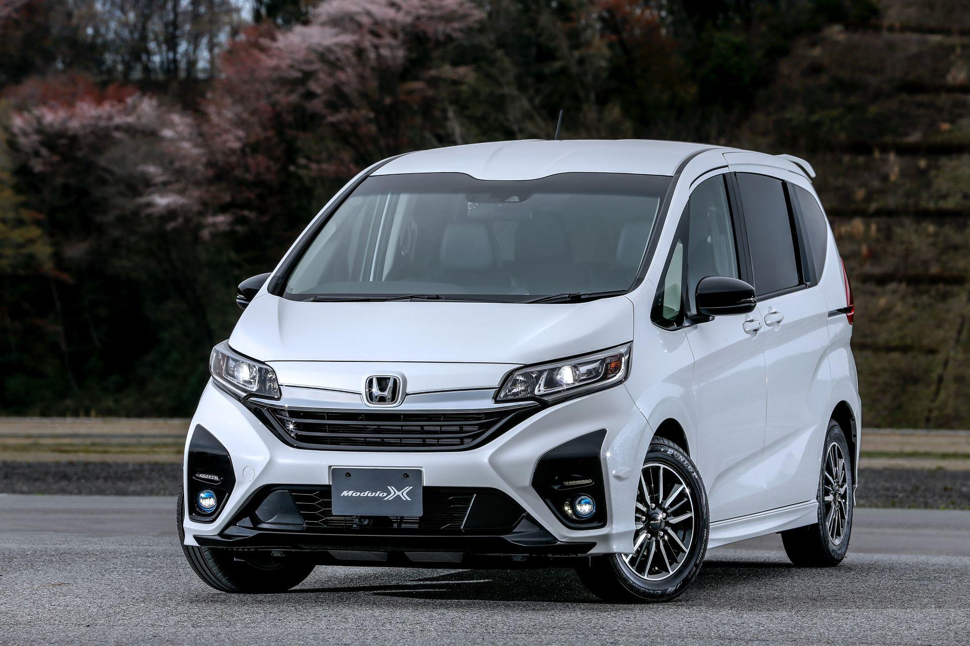 Honda-Freed-Modulo-X-Facelift-2020-3