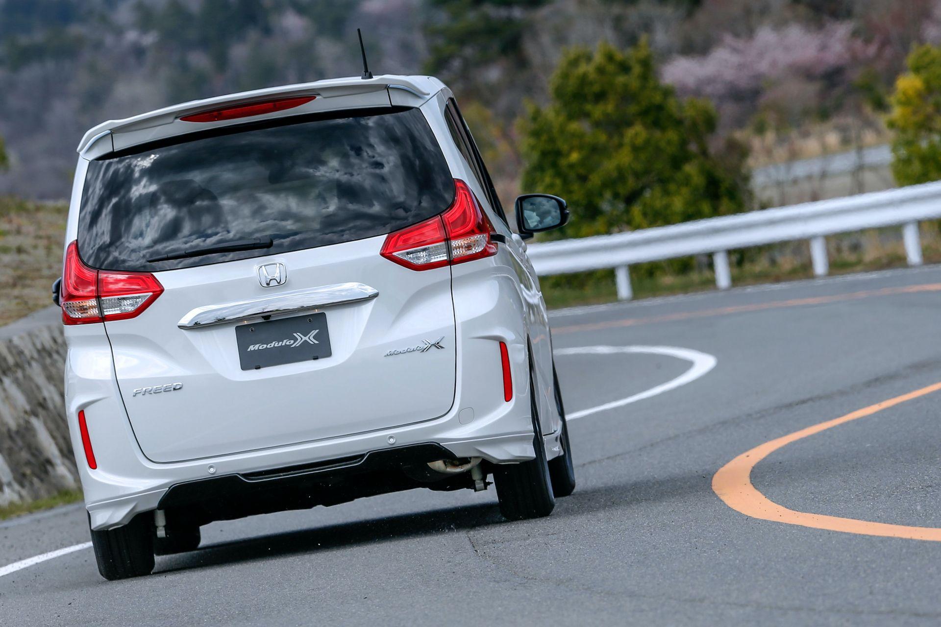 Honda-Freed-Modulo-X-Facelift-2020-30