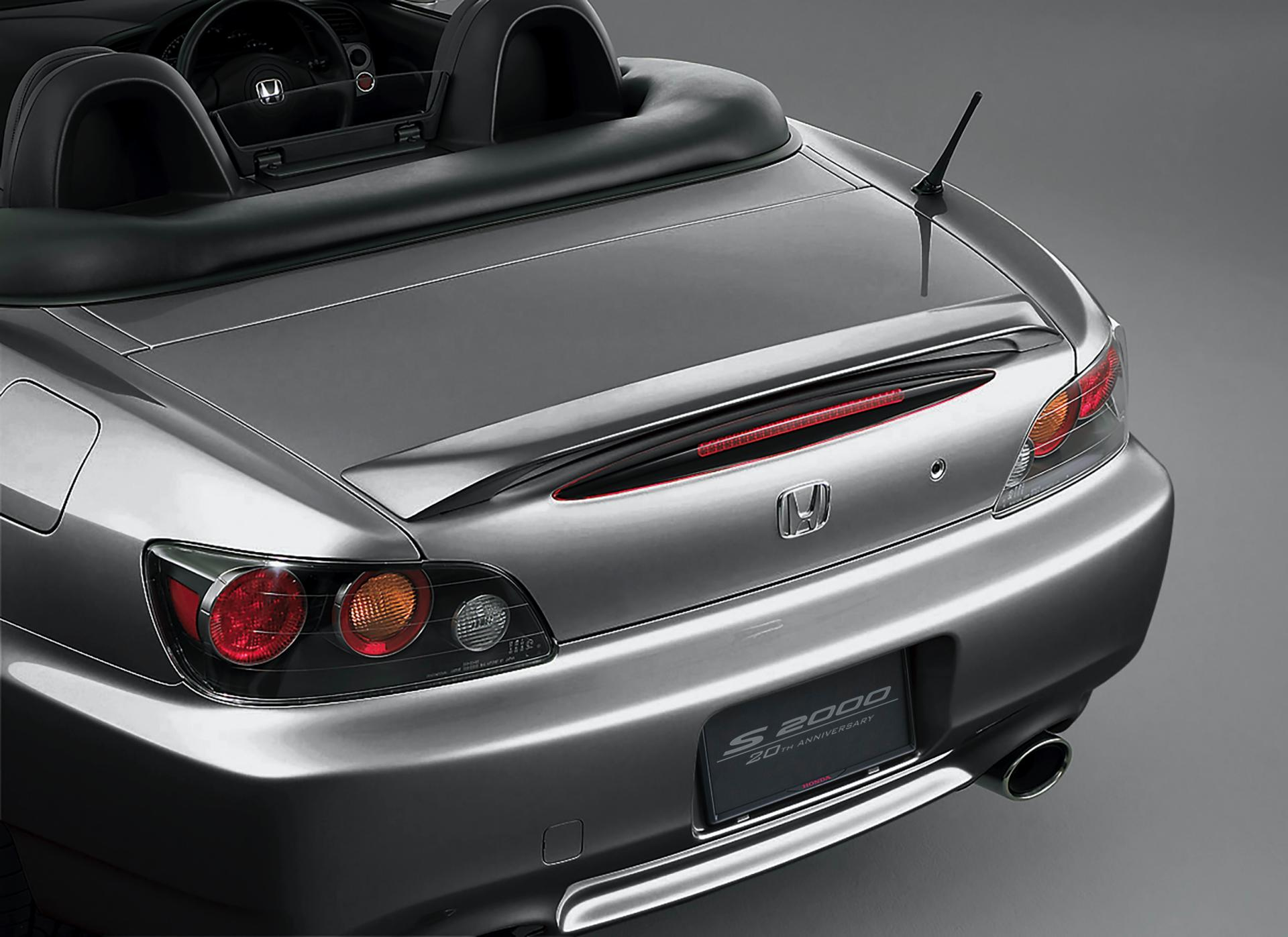 Honda-S2000-20th-Anniversary-genuine-accessories-11