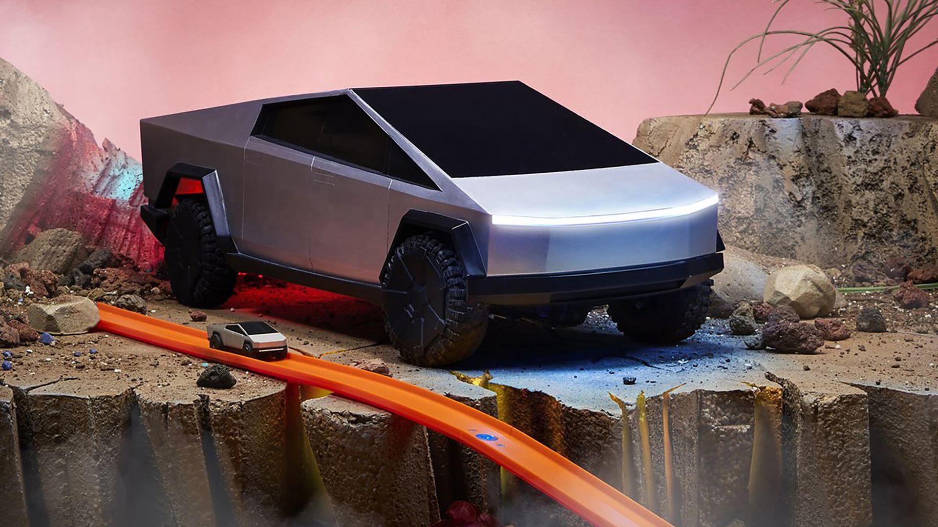 Hot-Wheels-RC-Tesla-Cybertruck-1