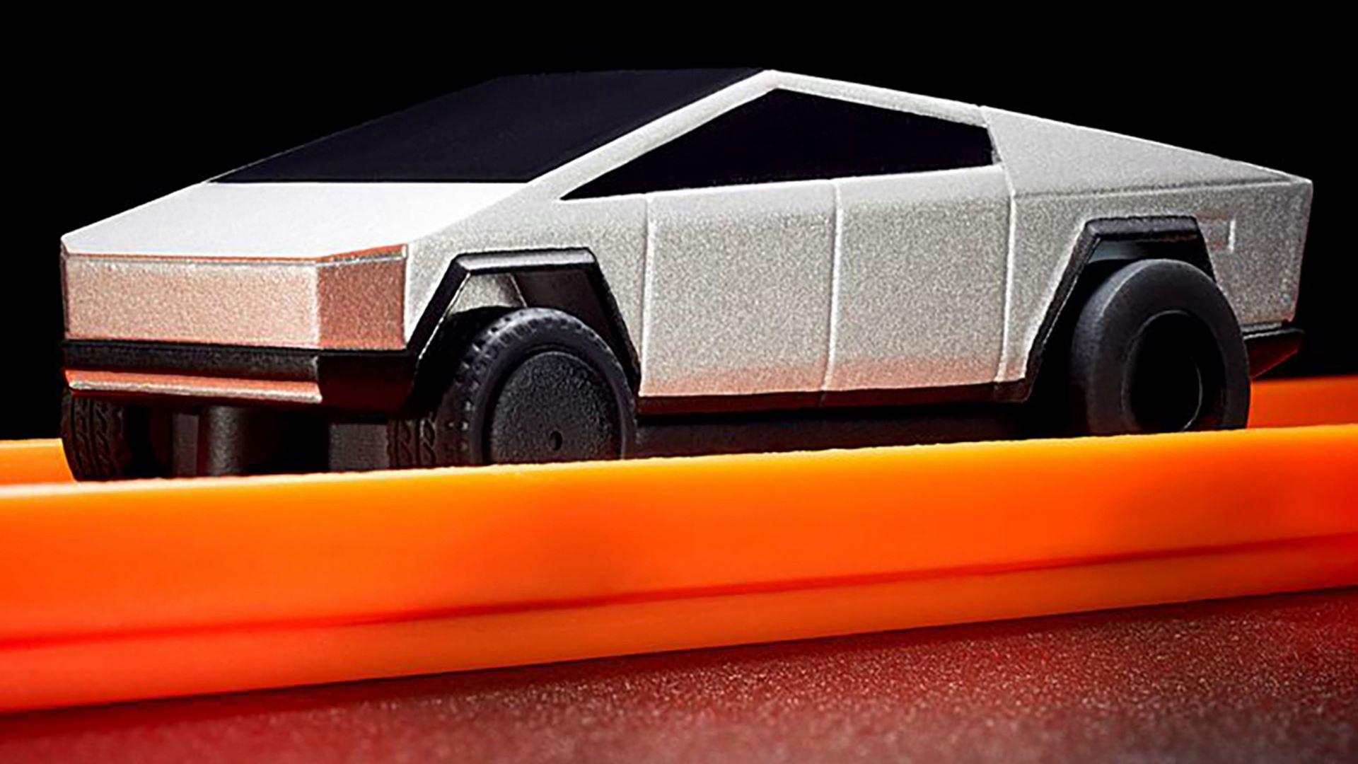 Hot-Wheels-RC-Tesla-Cybertruck-10