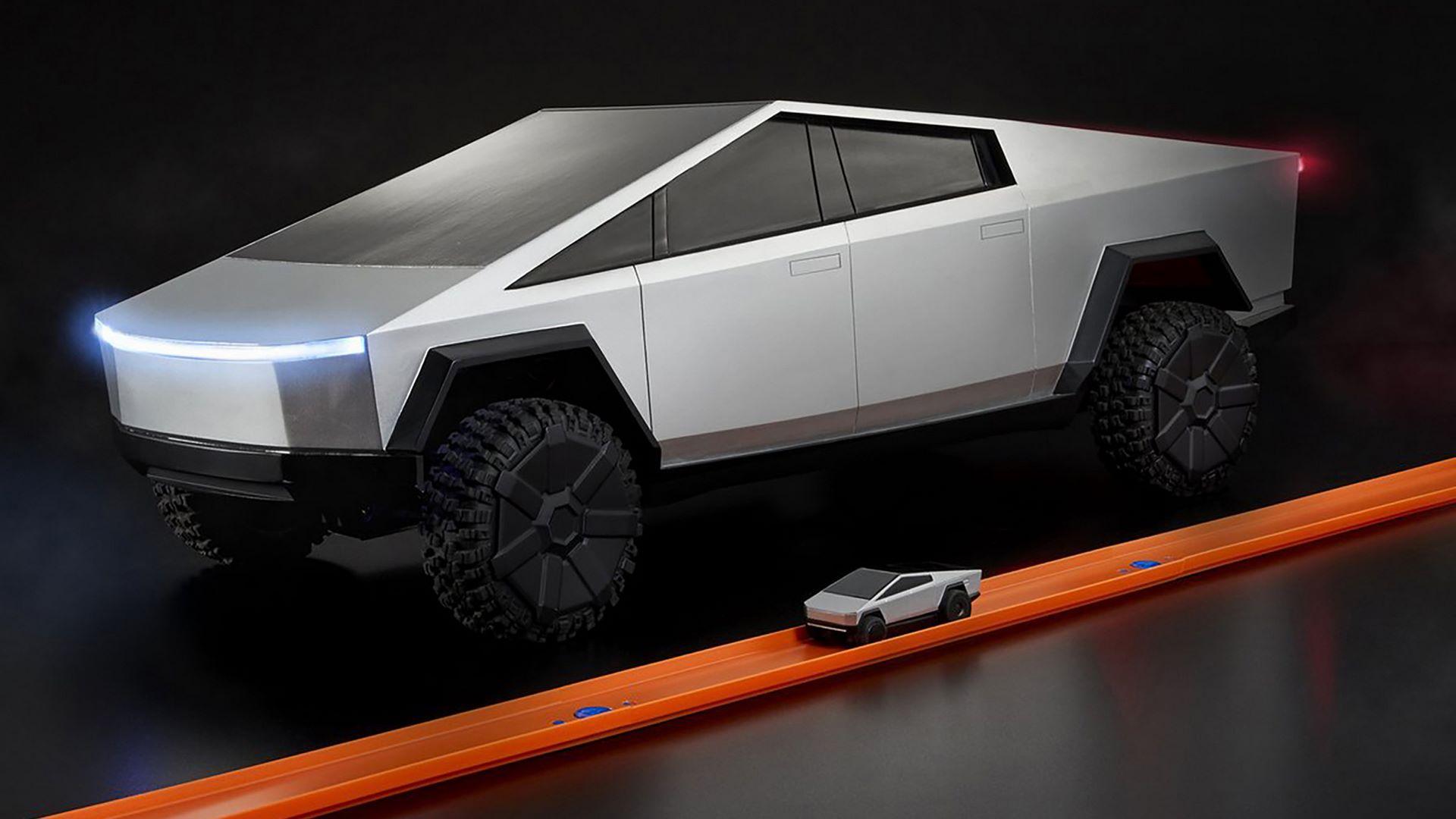 Hot-Wheels-RC-Tesla-Cybertruck-15
