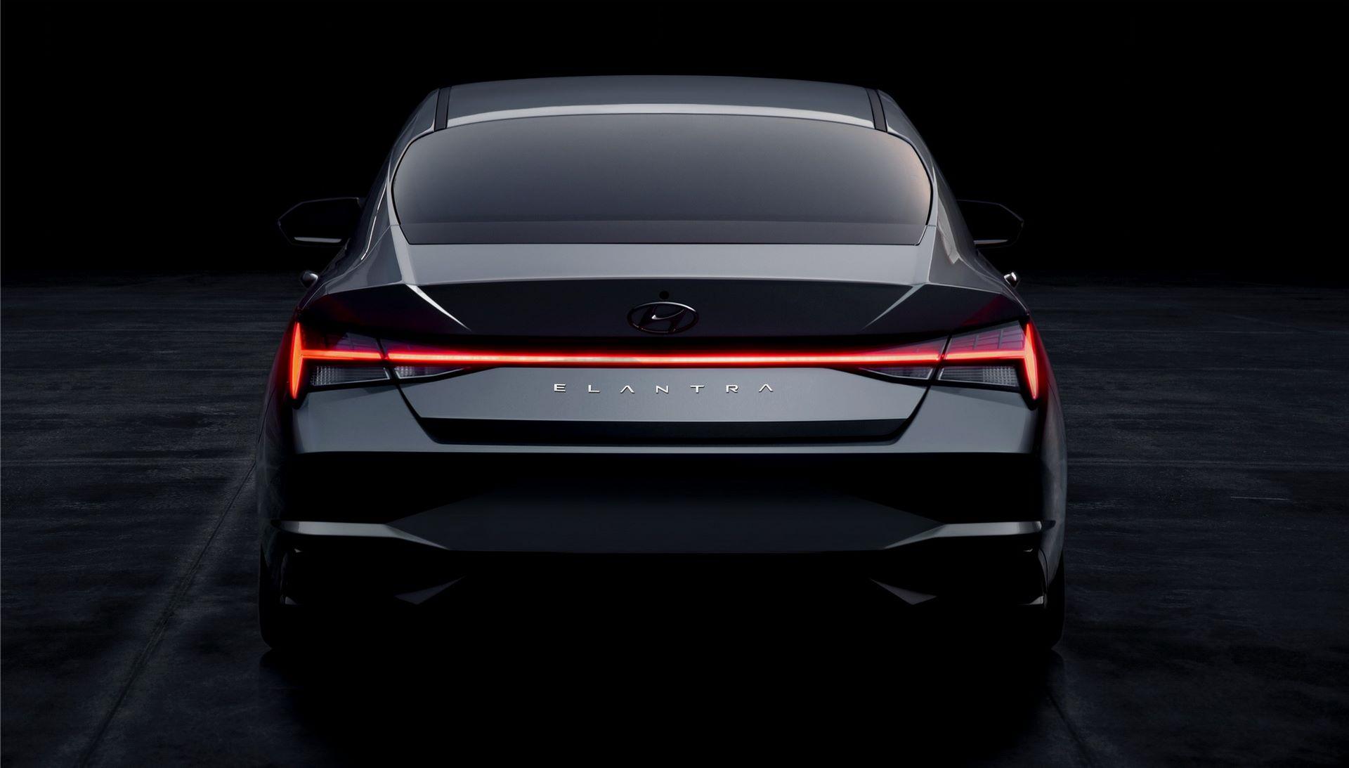 Hyundai-Elantra-2021-16