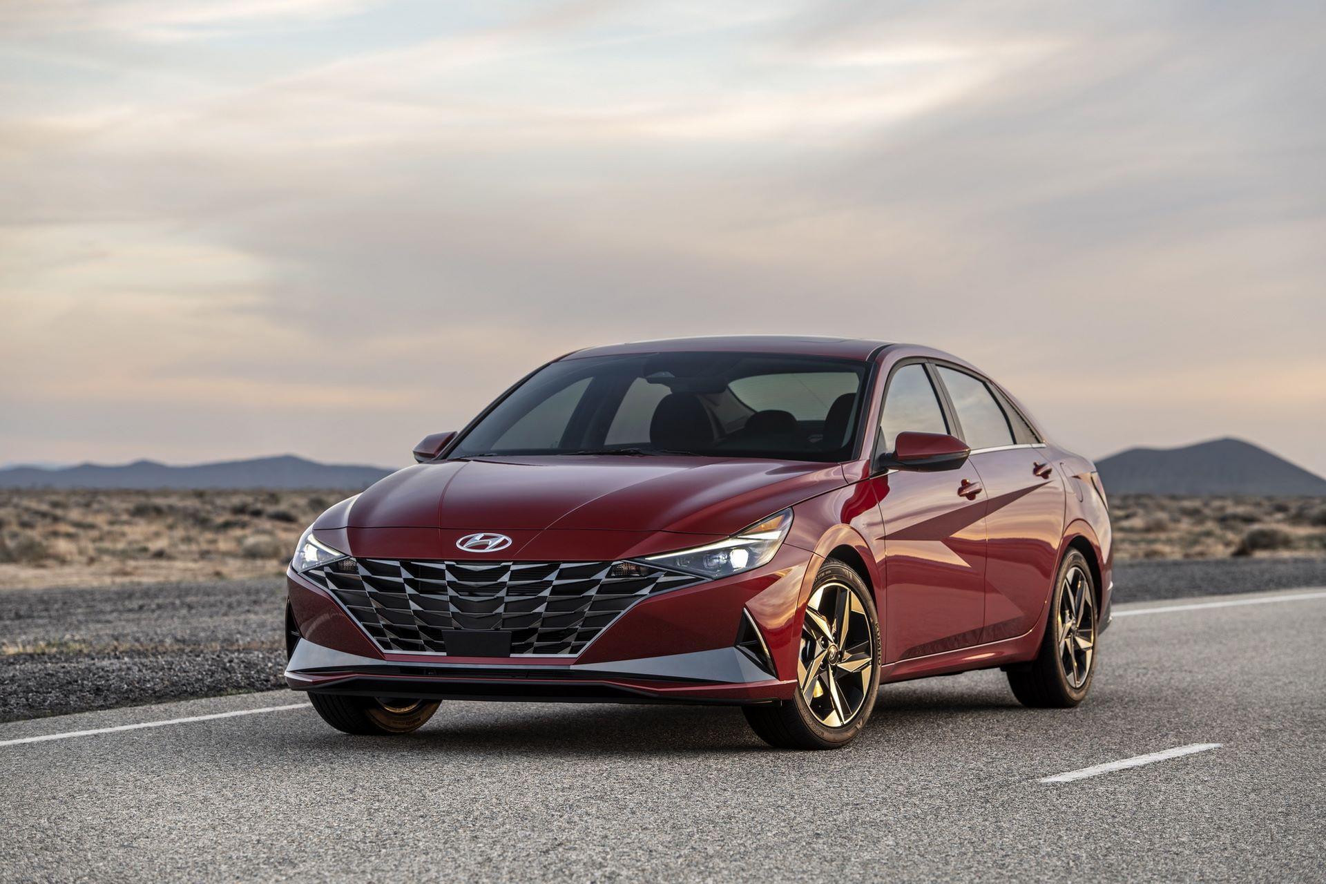 Hyundai-Elantra-2021-2