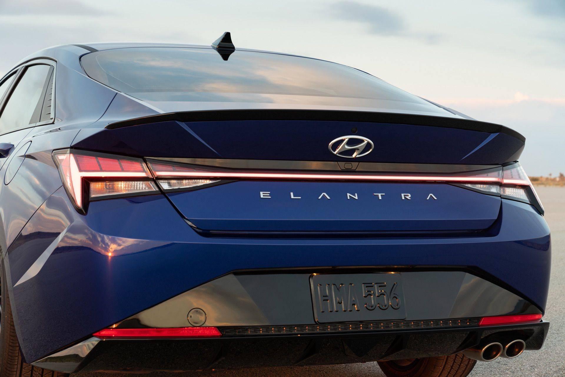 Hyundai-Elantra-N-Line-i30-Sedan-23