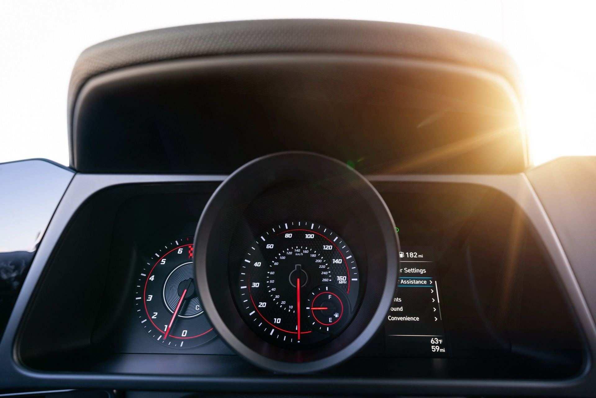 Hyundai-Elantra-N-Line-i30-Sedan-50