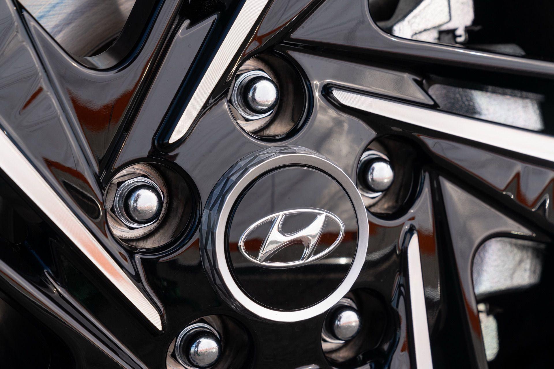Hyundai-Elantra-N-Line-i30-Sedan-54