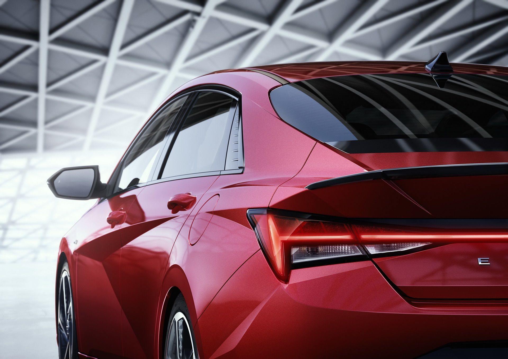 Hyundai-Elantra-N-Line-i30-Sedan-96