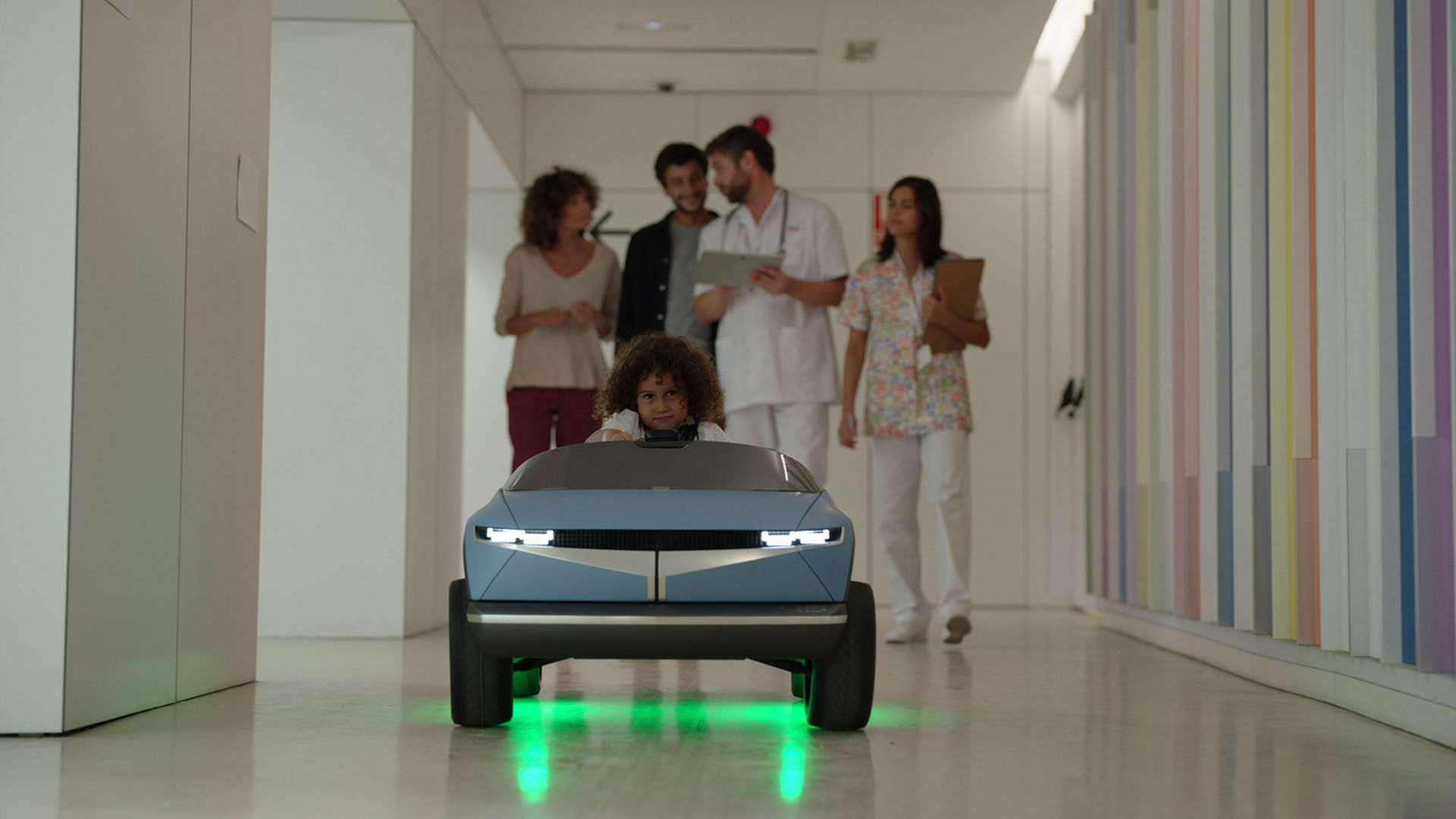 Hyundai-ev-45-kid-car-balcelona-hospital-4