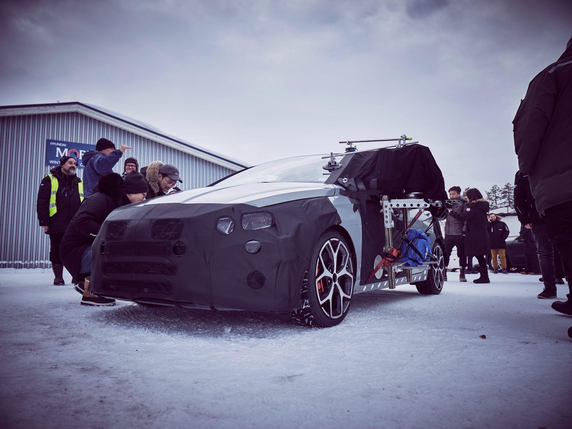 Hyundai-i20-N-teasers-1