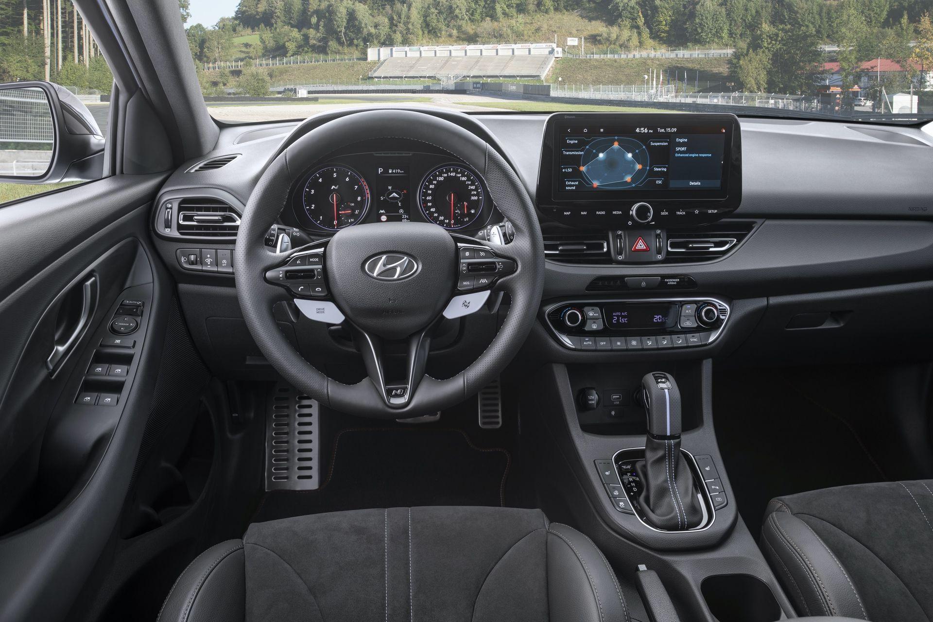 Hyundai_i30_N_facelift_0010
